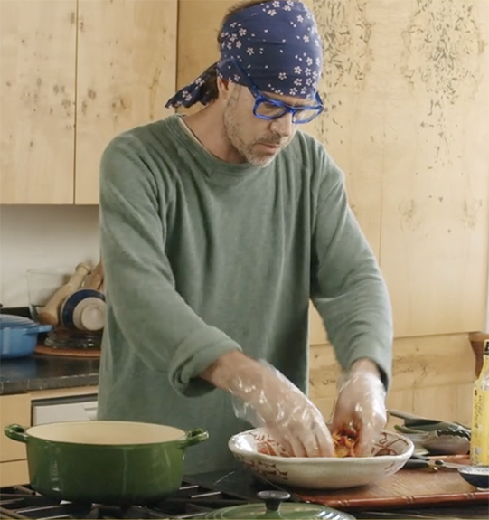 use hands in mixing bowl kimchi bibim