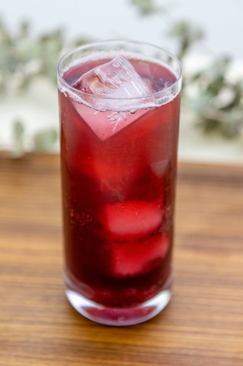 Flowering Schisandra Berry Spritz