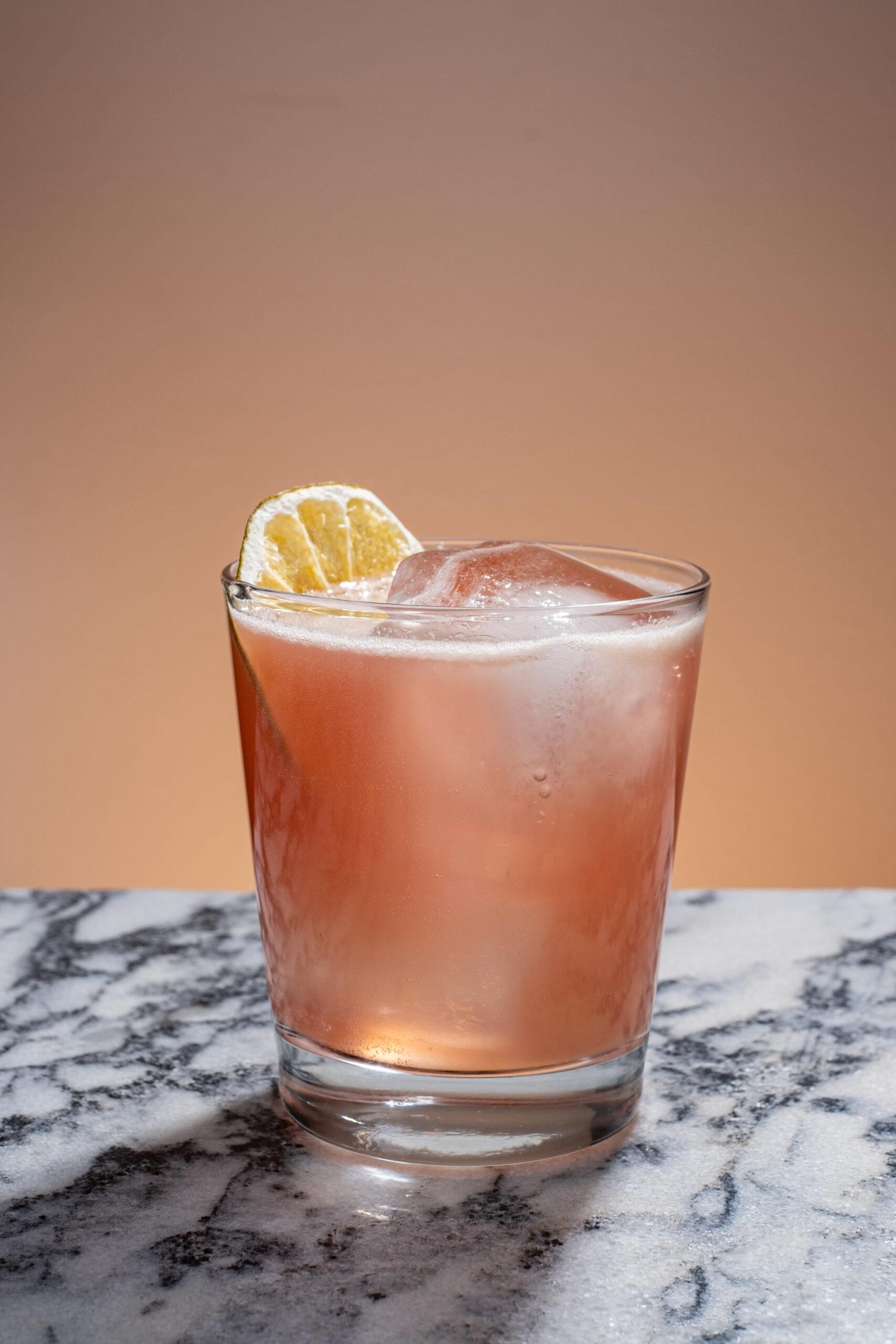 white-peony-king-paloma-cocktail